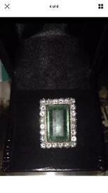 Real diamond & emerald ring
