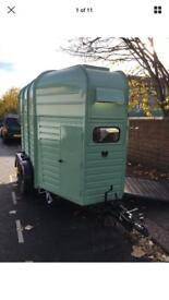 Horsebox catering trailer