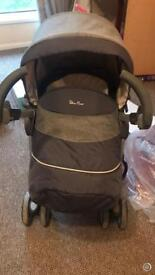 3D SILVER CROSS TRAVEL SYSTEM £200ono