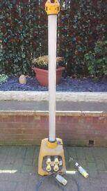 110v defender 4ft work site light/splitter boxes x 2 used but cheap