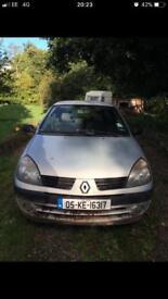 Irish registered Renault clio