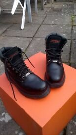 Harley-Davidson Biker Boots Leather with Steel toe-caps. Size 8
