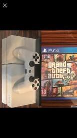 PlayStation 4 500gb includes Grandtheft Auto 5
