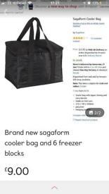 Brand new sagaform bag and freezer blocks