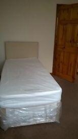 Room Stoke Town