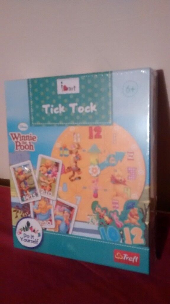 Winnie the pooh clock time game new.great birthday/christmas gift.
