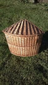 Wicker corner linen basket / bin