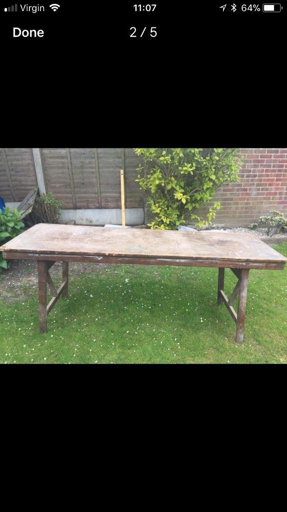 Folding work bench/table