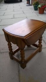 Solid Oak Extending Side Table