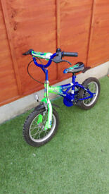 Blue bike for sale suitable for 3-5 years old. In very good condition. Just outgrown.