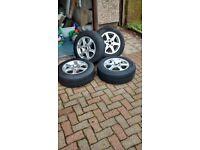 4 tyers on 5 stud on universal fit alloy wheels