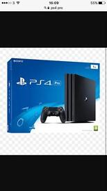 PS4 PRO+VR HEADSET/CAMERA+3 GAMES BRAND NEW!