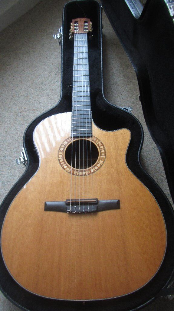 Taylor NS44 CE Nylon String Guitar Electro Acoustic 2004 Natural