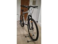"SCOTT SPORTSTER Hybrid Bike (Sport/Commuter) XL - 22"" frame. 700x37c wheels. -Very Good Condition"