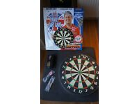 Harrows Eric Bristow's Family Dart Game + extra dart set