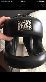 Reyes head guard