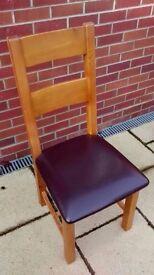 Oak furniture land padded chairs