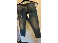 STUNNING AUTH. GUCCI SS 2018 EMBROIDERED JEANS, NEW WITH TAGS £1160