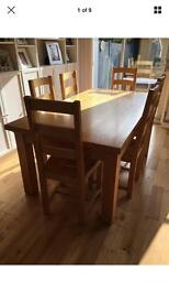BARGAIN Stunning Solid Oak Dining Table & 6 Chairs