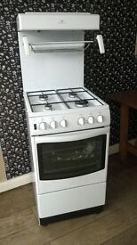"""Gas cooker """"New World"""" high level grill, perfect working order and in spotless condition can deliver"""