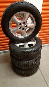 (21) Pneus d'Hiver - Winter Tires 215-65-16 Firestone 8/32