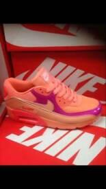 Nike 90s
