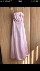 In excellent condition Prom dress