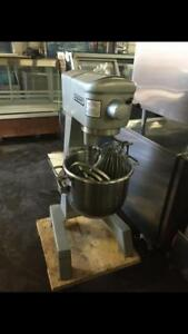 Hobart 30 qrt dough mixer with 3 attachments! For only $2495 !! Single phase ! Retails $8,700 $ave ! Shipping available