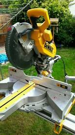 Dewalt DWS780 110 Volt Compound Slide Mitre Saw 305mm Blade + DE7023 Stand