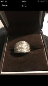 Ernest jones 1ct Ring