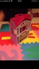 Barbie folding carry house