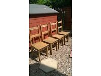 4 oak dinning chairs £25