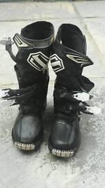 Shift combat size 6.5 moto x boots