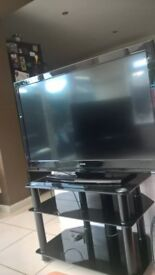 """42"""" celcus 3d hd tv and freeview with black glass stand as new"""