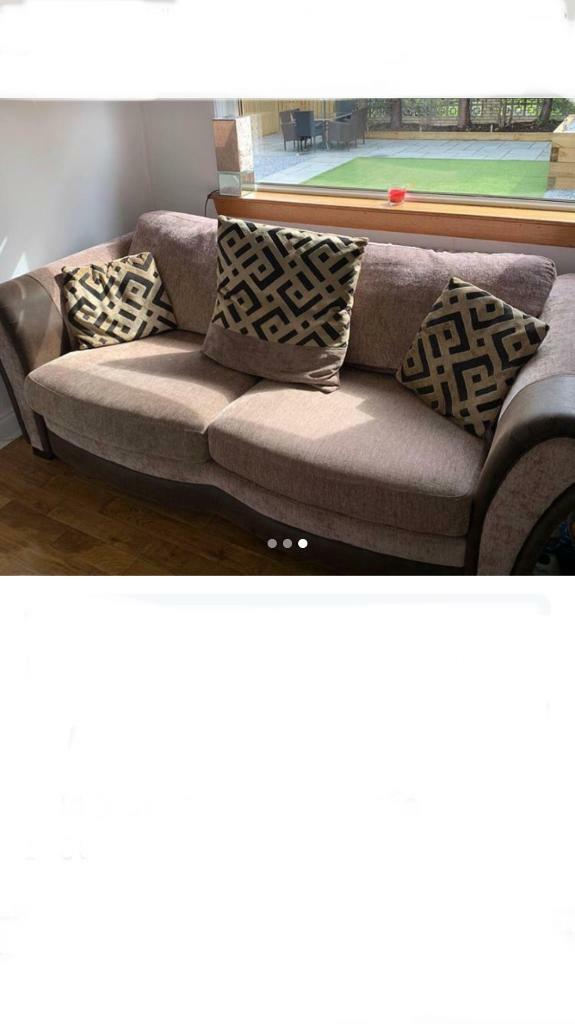 Dfs Modern 3 Seater Sofa Brilliant Condition Price Drop Free Delivery In Lennoxtown Glasgow Gumtree