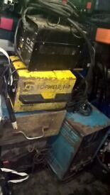 various lot mix type welding machine on working condition