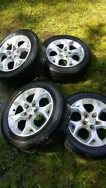 Vauxhall Astra wheels.