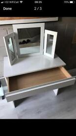 Dressing table & mirror high gloss