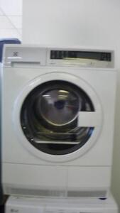 54-  Sécheuse Frontale ELECTROLUX 24''  (mini)  Frontload  Dryer
