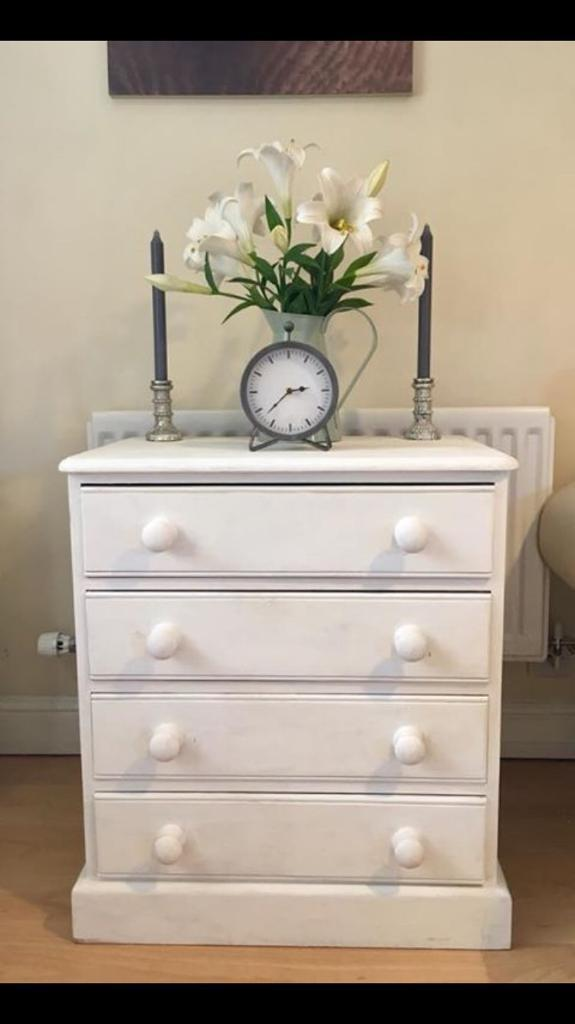 White Pine Chest of Drawers