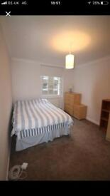 Double rooms in East Acton