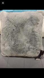 Grey soft cushions New