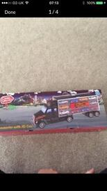 Lorry Transporter with 10 Cars - brand new in box