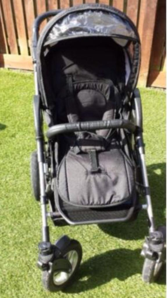 Two facing 3 in 1 solid pram