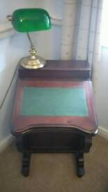 Smal solid wood desk