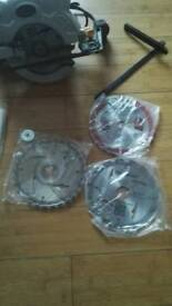 GMC CIrcular saw with extra blades New in the box