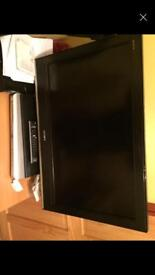 "Sony 32 "" lcd tv with stand and remote and tevion dvd player separate bundle"