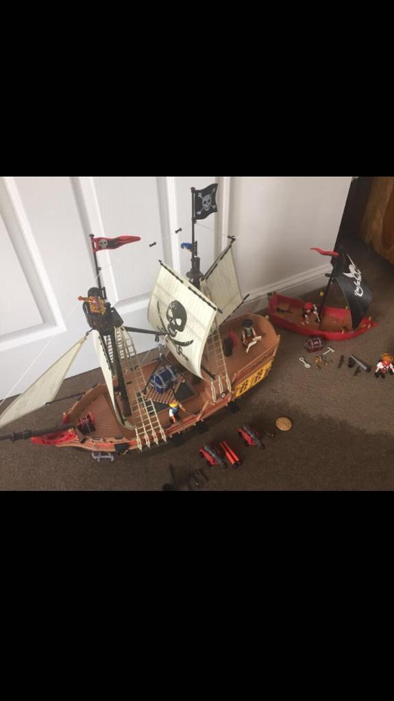 Playmobil pirate ship bundle 2 boats