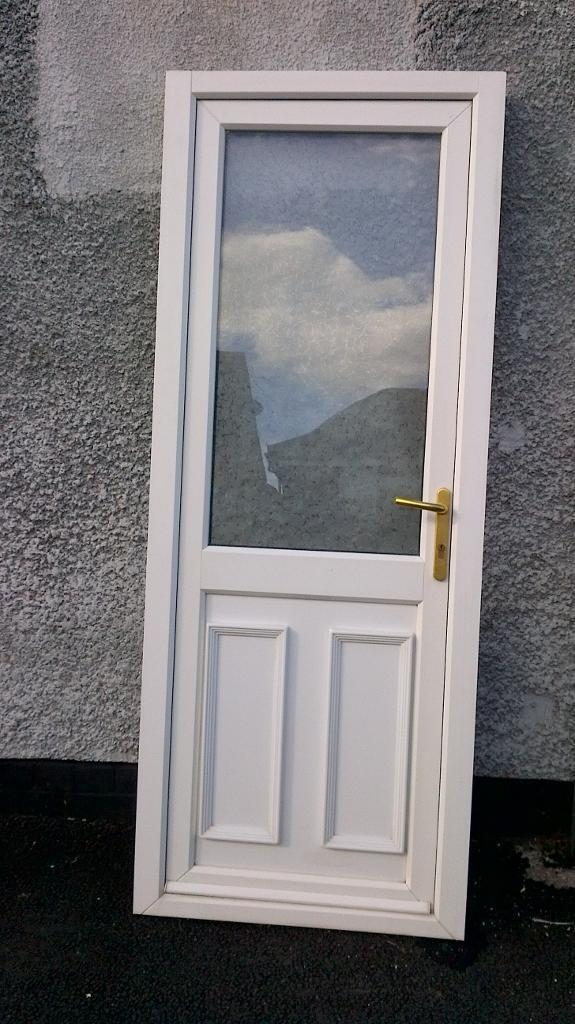 upvc door with frame and keys half glass 31inch wide x 81 inch high in good condition 07498143887