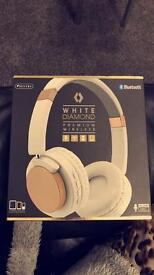 premium wireless headphone(sold)